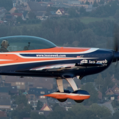 le Leaseweb Extra 330LT